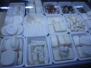 فروش پنیر در اشکال مختلف